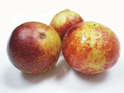 Amazonian Camu Camu: High in vitamin C, ascorbic acid